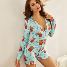 Einteiliger Schlafanzug mit Chips Muster und Knopfen vorn
