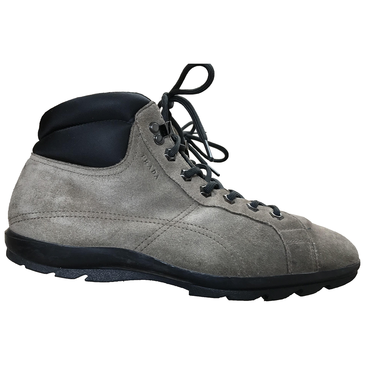 Prada \N Sneakers in  Grau Veloursleder