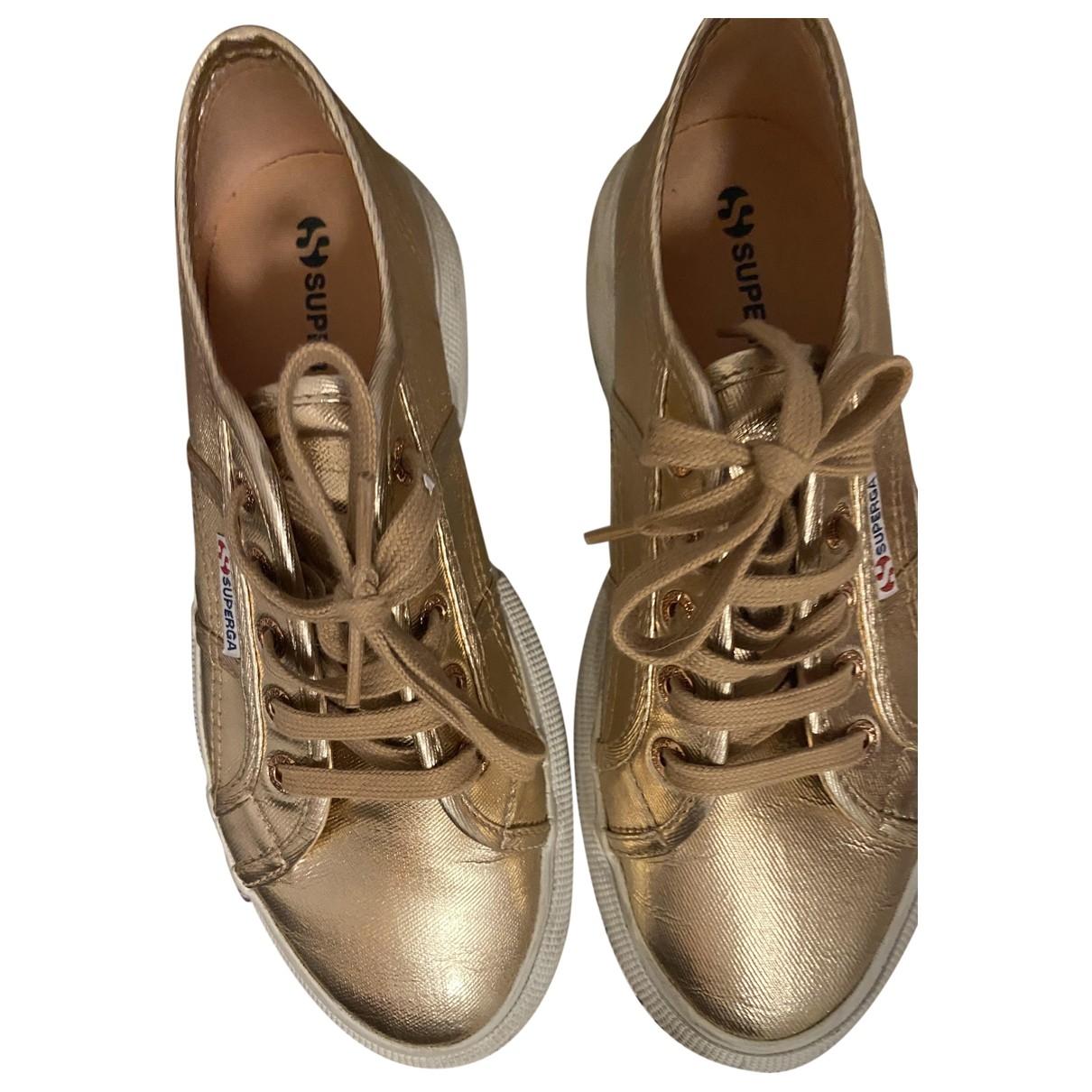 Superga \N Sneakers in  Gold Leinen