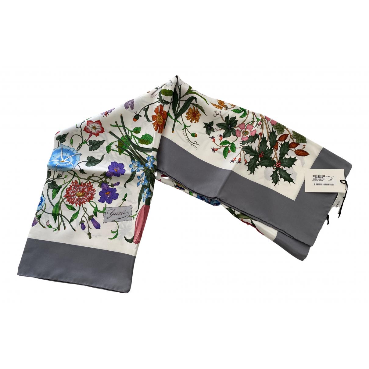Gucci - Carre   pour femme en soie - gris