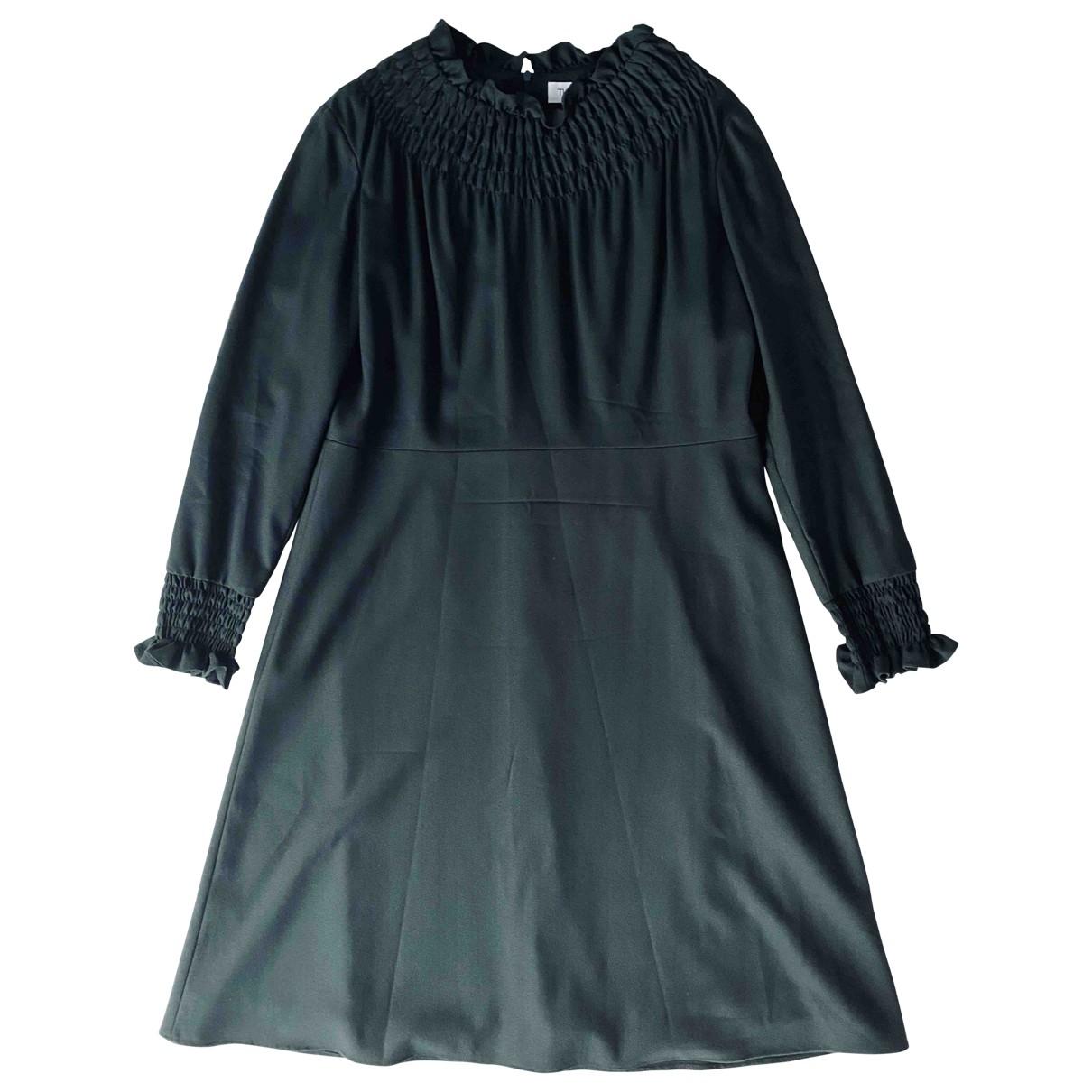 The Fold \N Kleid in  Gruen Wolle
