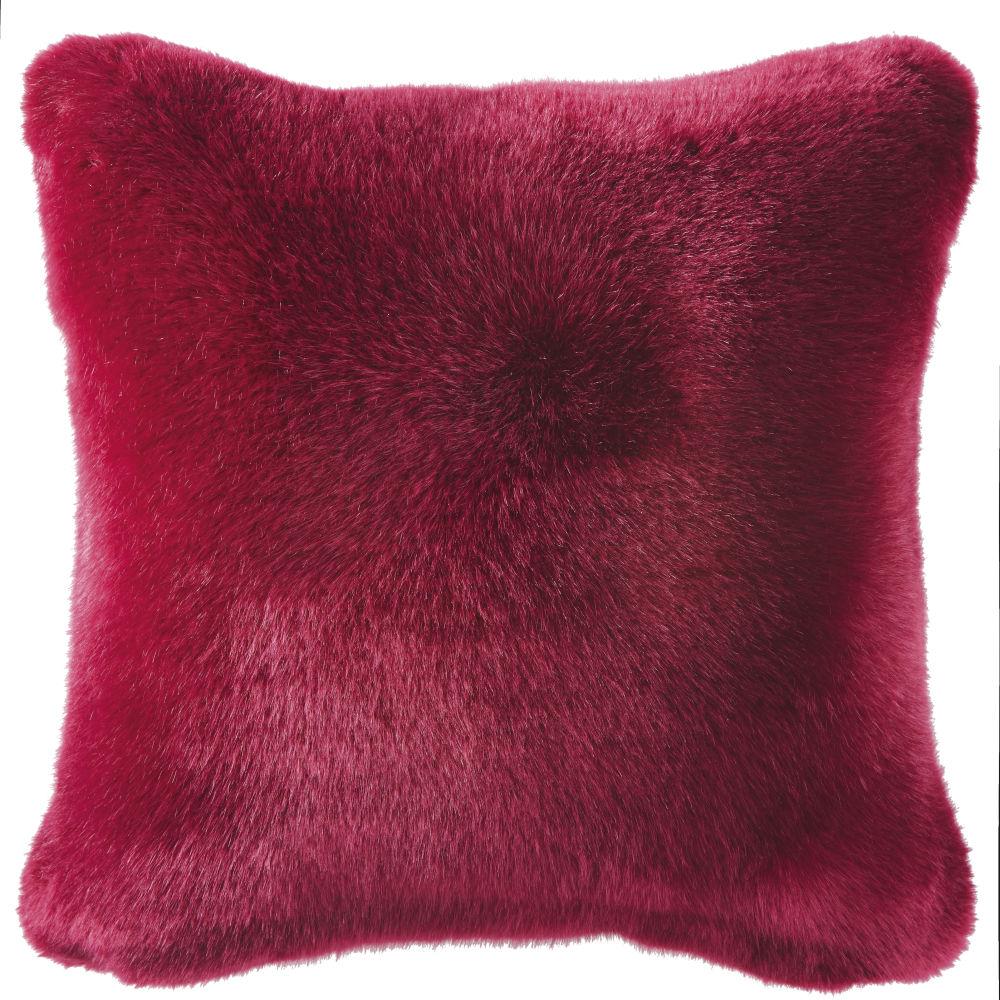 Kissen aus rotem Kunstpelz 45x45