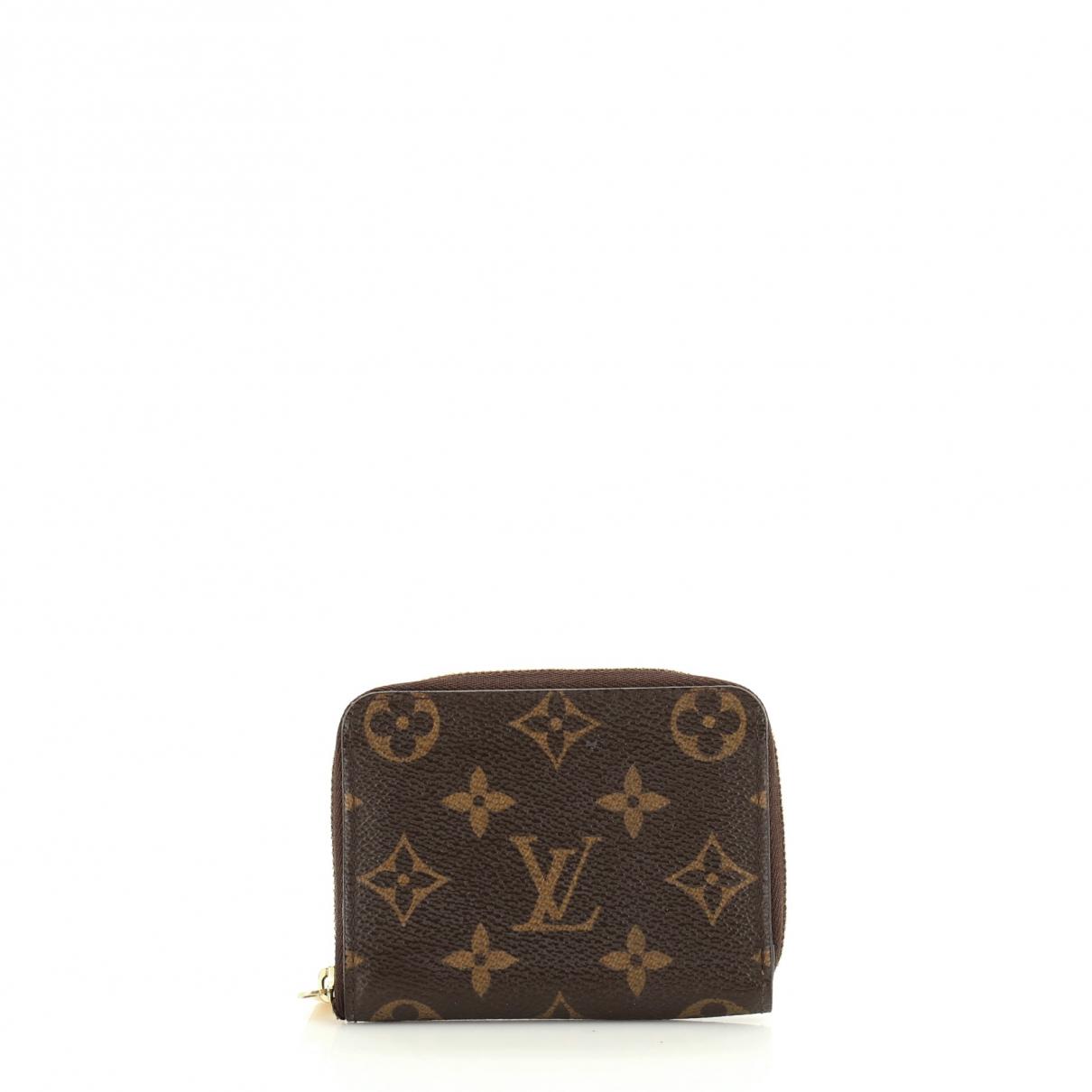 Louis Vuitton \N Clutch in  Braun Leder