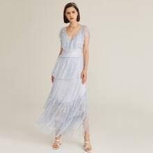 Kleid mit Herzen Kragen, Raffung Detail, mehrschichtigem Saum und Spitzen