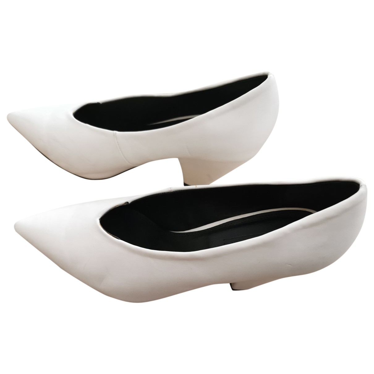 Asos \N Pumps in  Weiss Polyester