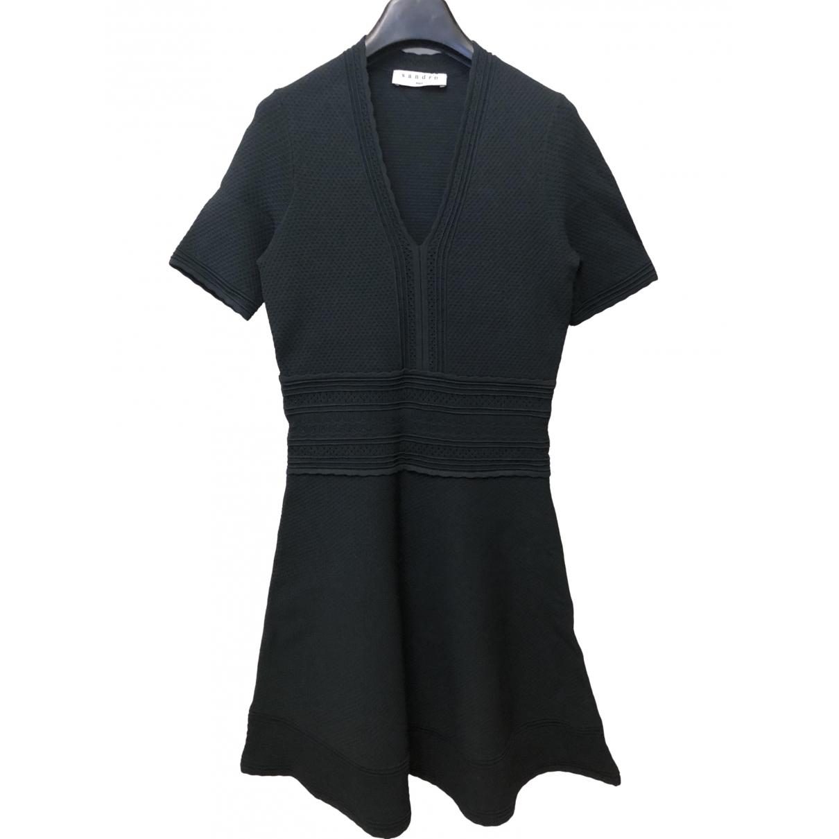 Sandro \N Kleid in  Gruen Viskose
