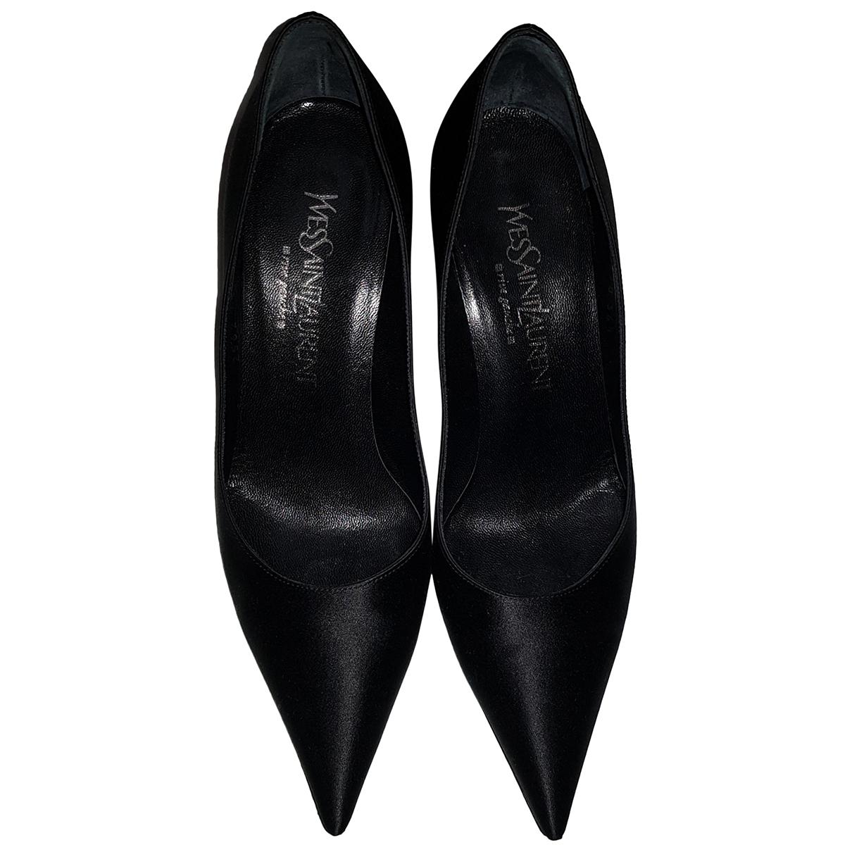 Yves Saint Laurent \N Pumps in  Schwarz Leder