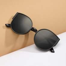 Maenner einfarbige Sonnenbrille mit Katze Augen Design