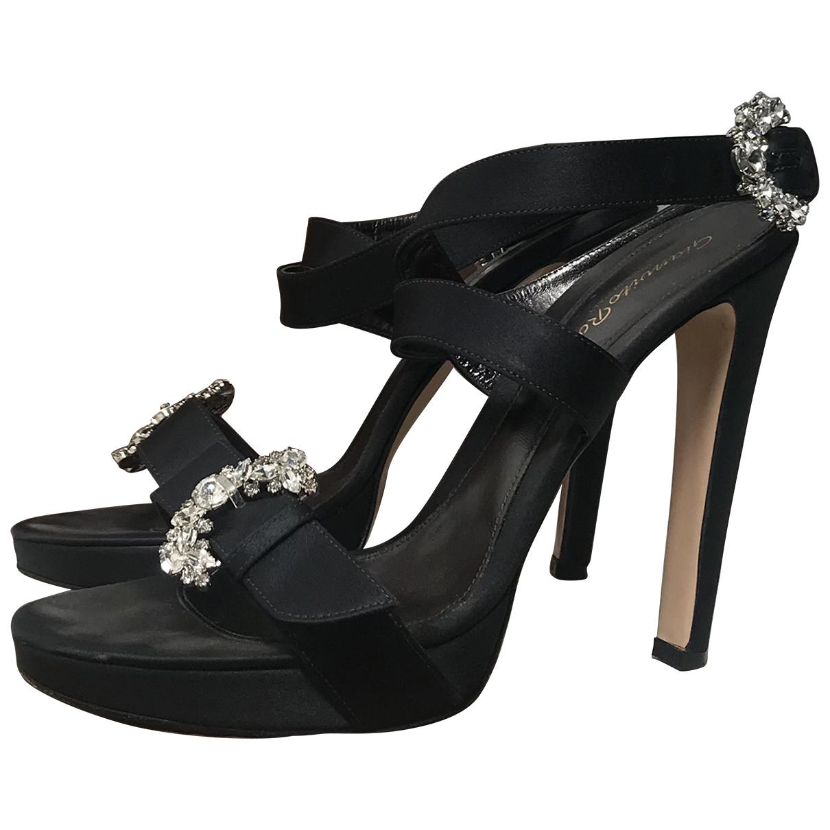 Gianvito Rossi - Sandales   pour femme en cuir - noir
