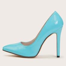 Minimalist Stiletto Court Heels
