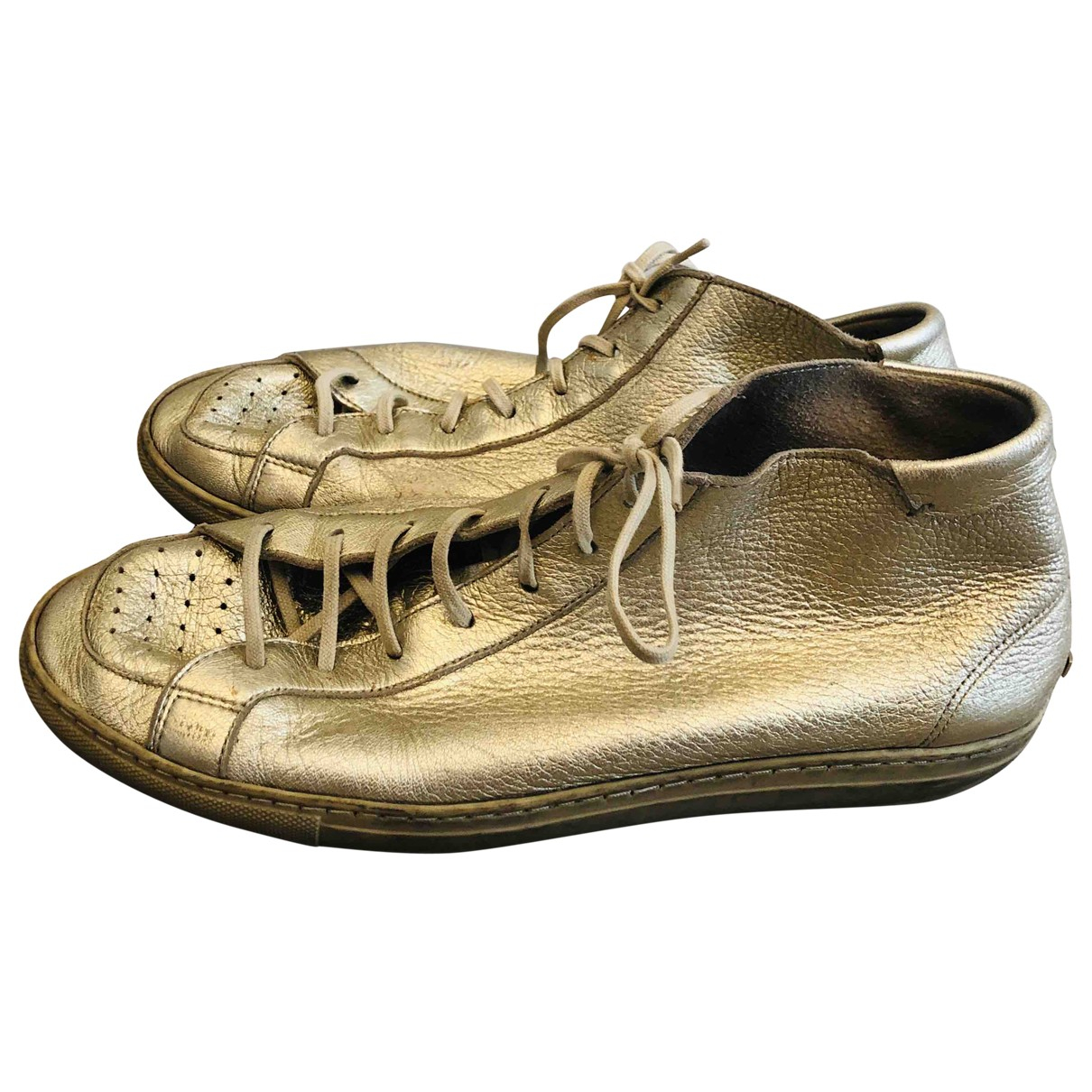 Burberry \N Sneakers in  Gold Leder