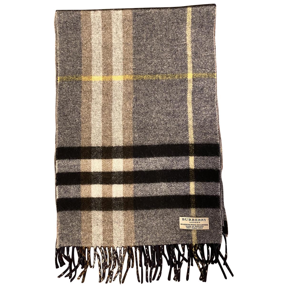 Burberry \N Tuecher, Schal in  Bunt Wolle