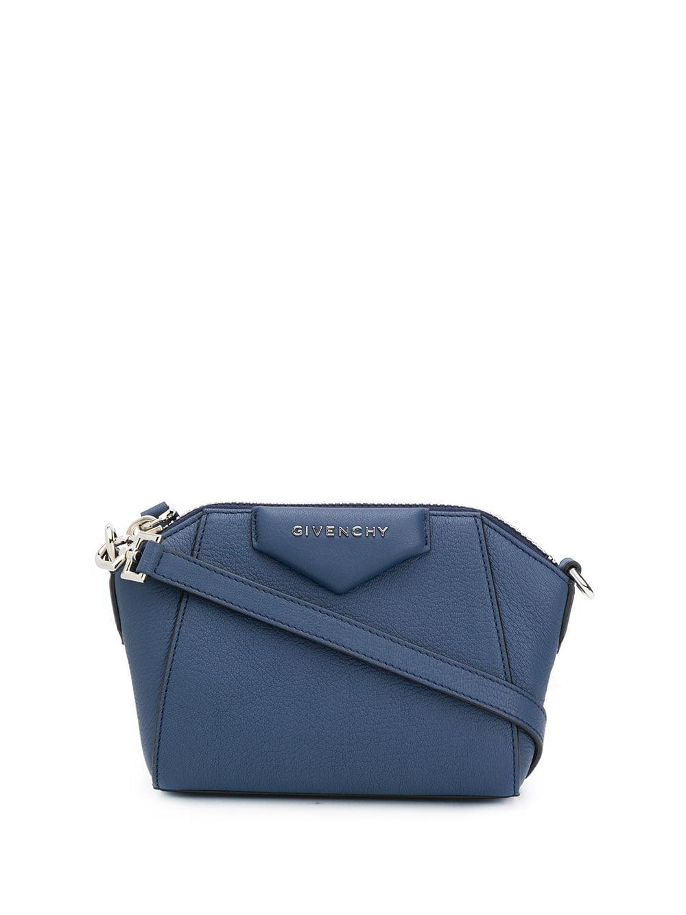 Antigona Nano Leather Bag