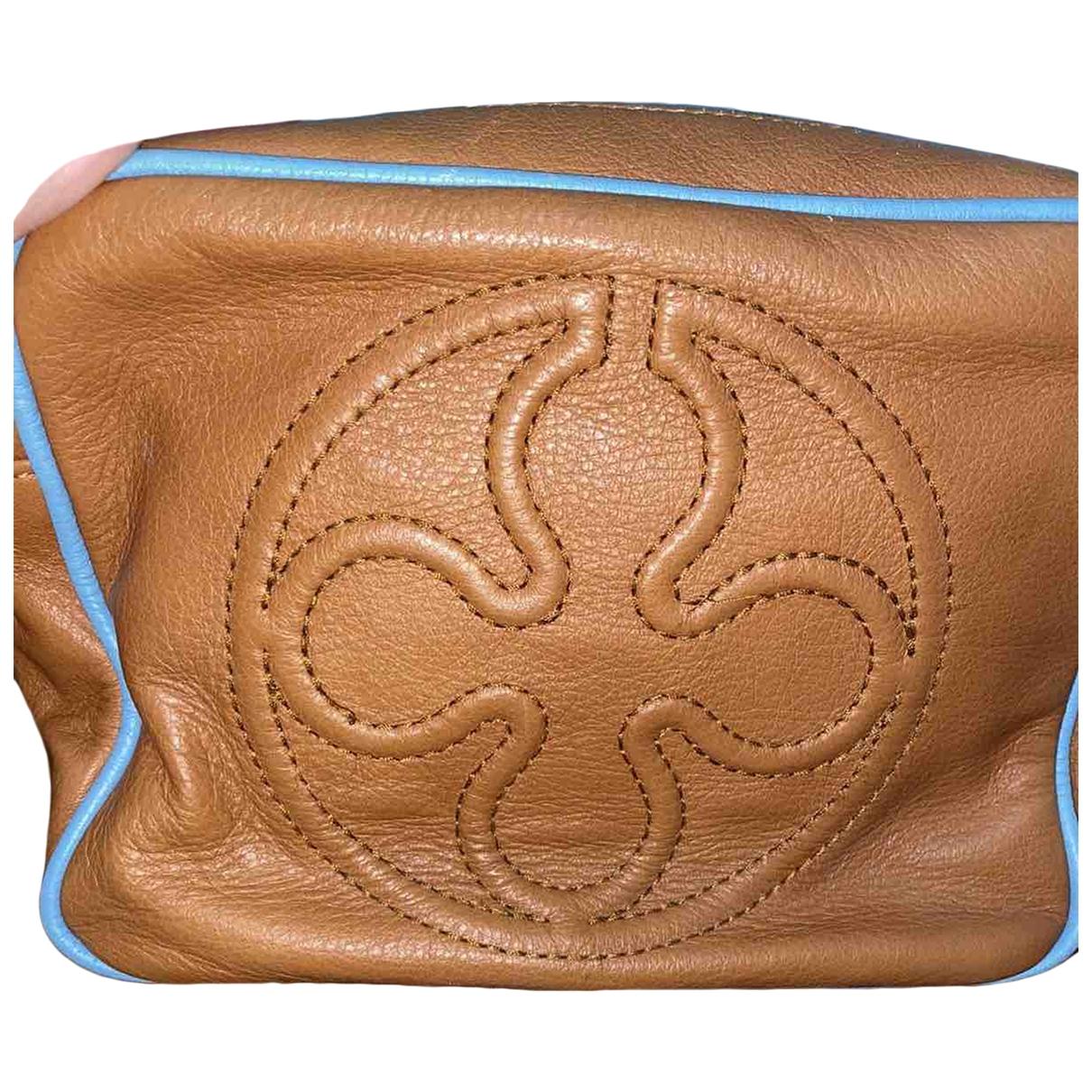 V 73 \N Handtasche in  Braun Leder
