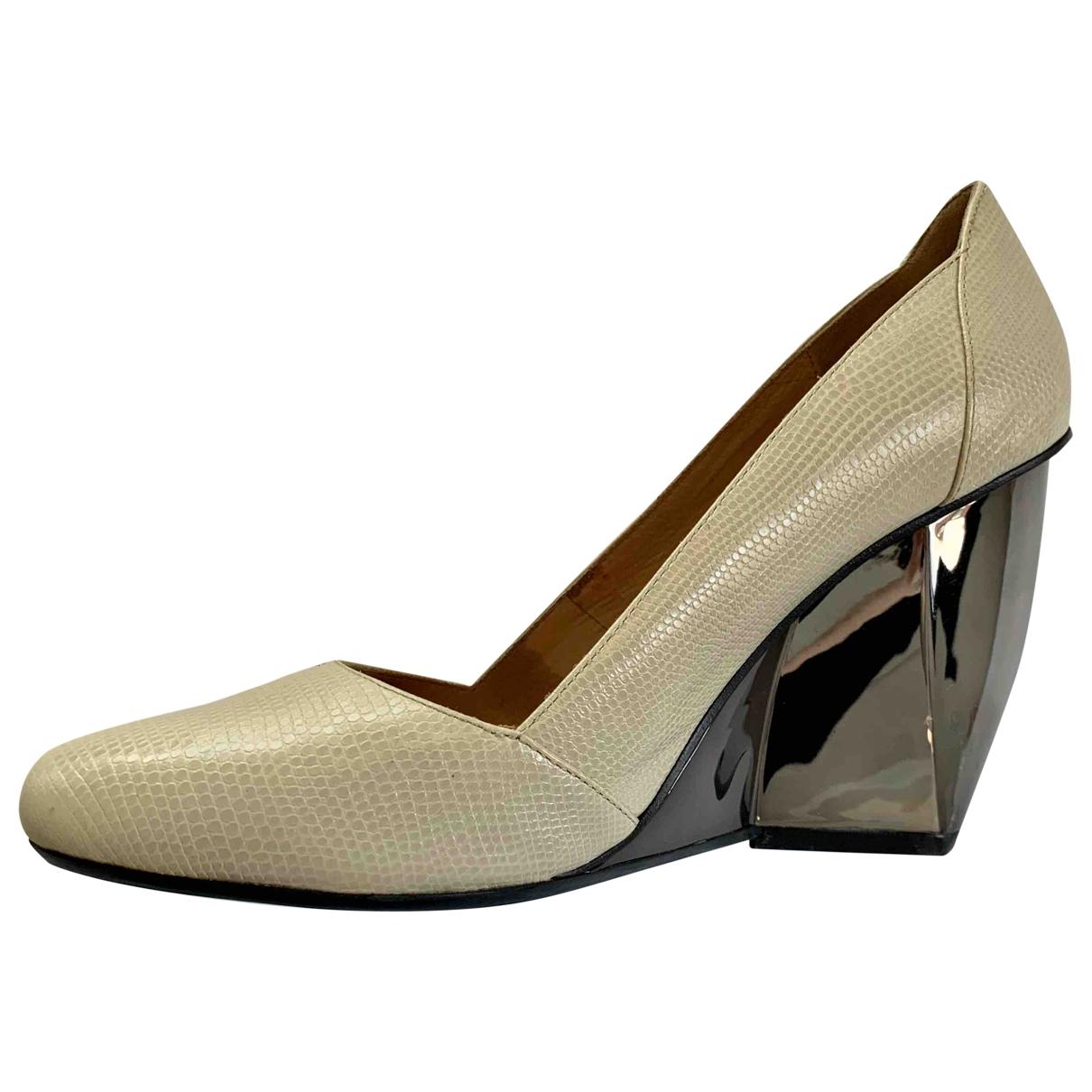 - Escarpins   pour femme en cuir - ecru