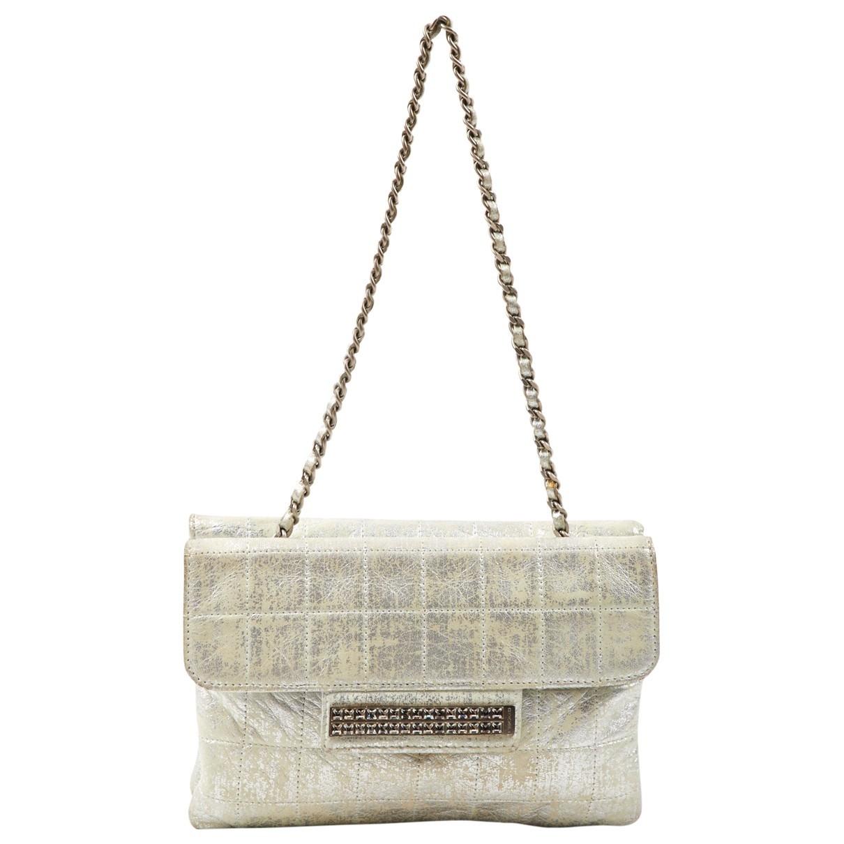 Chanel - Pochette   pour femme en cuir - argente