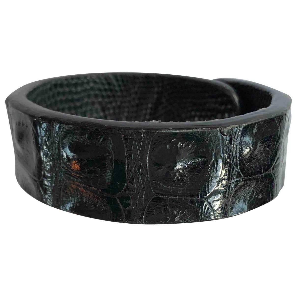 - Bracelet Manchette pour femme en crocodile - noir