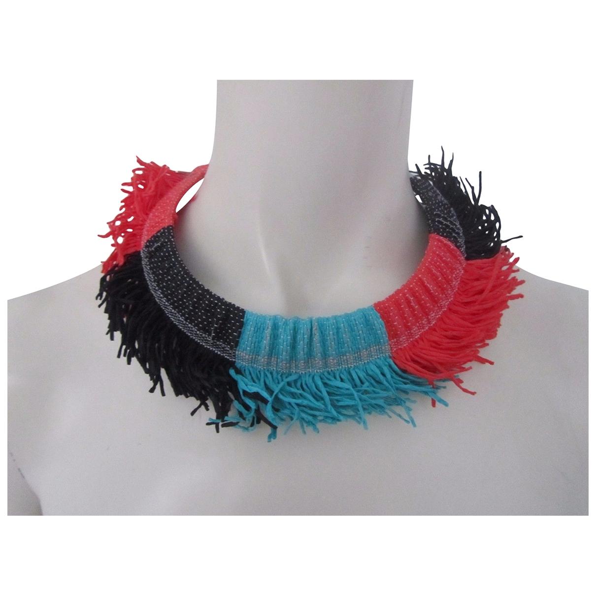 Collar de Lona Issey Miyake