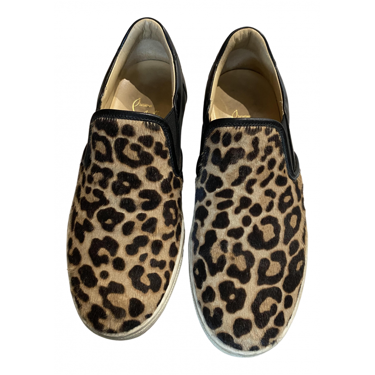 Christian Louboutin \N Sneakers in  Kamel Leder