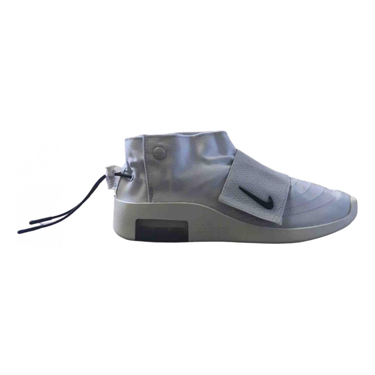 Nike X Fear Of God Air 180 Sneakers in  Grau Leinen