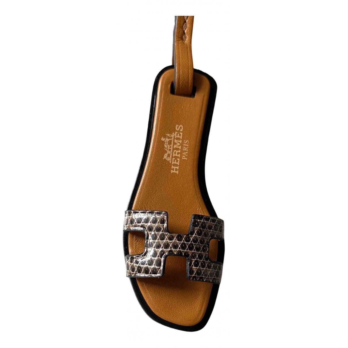 Accesorio para el bolso Oran Nano Charm de Cuero Hermes