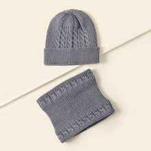 Simple Knitted Beanie & Ring Scarf