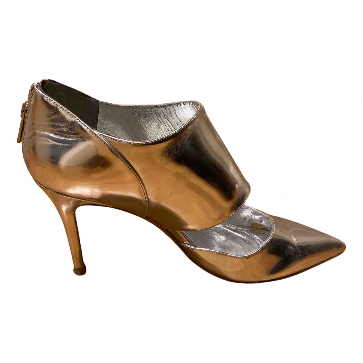 Salvatore Ferragamo \N Pumps in  Silber Leder
