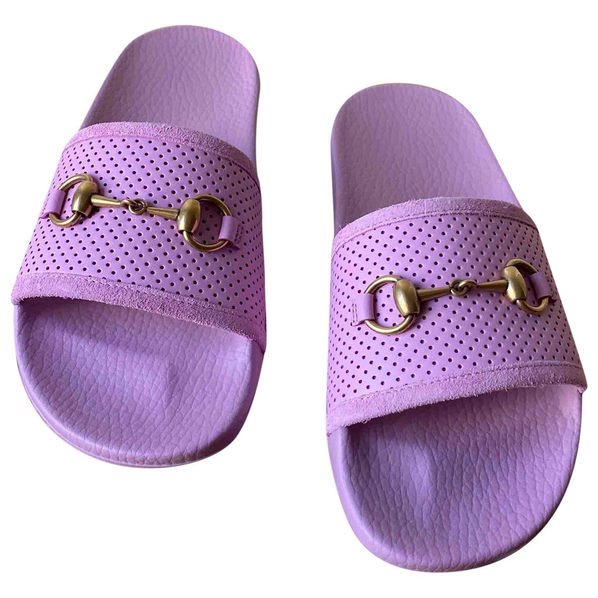Gucci - Sandales   pour femme en caoutchouc - rose