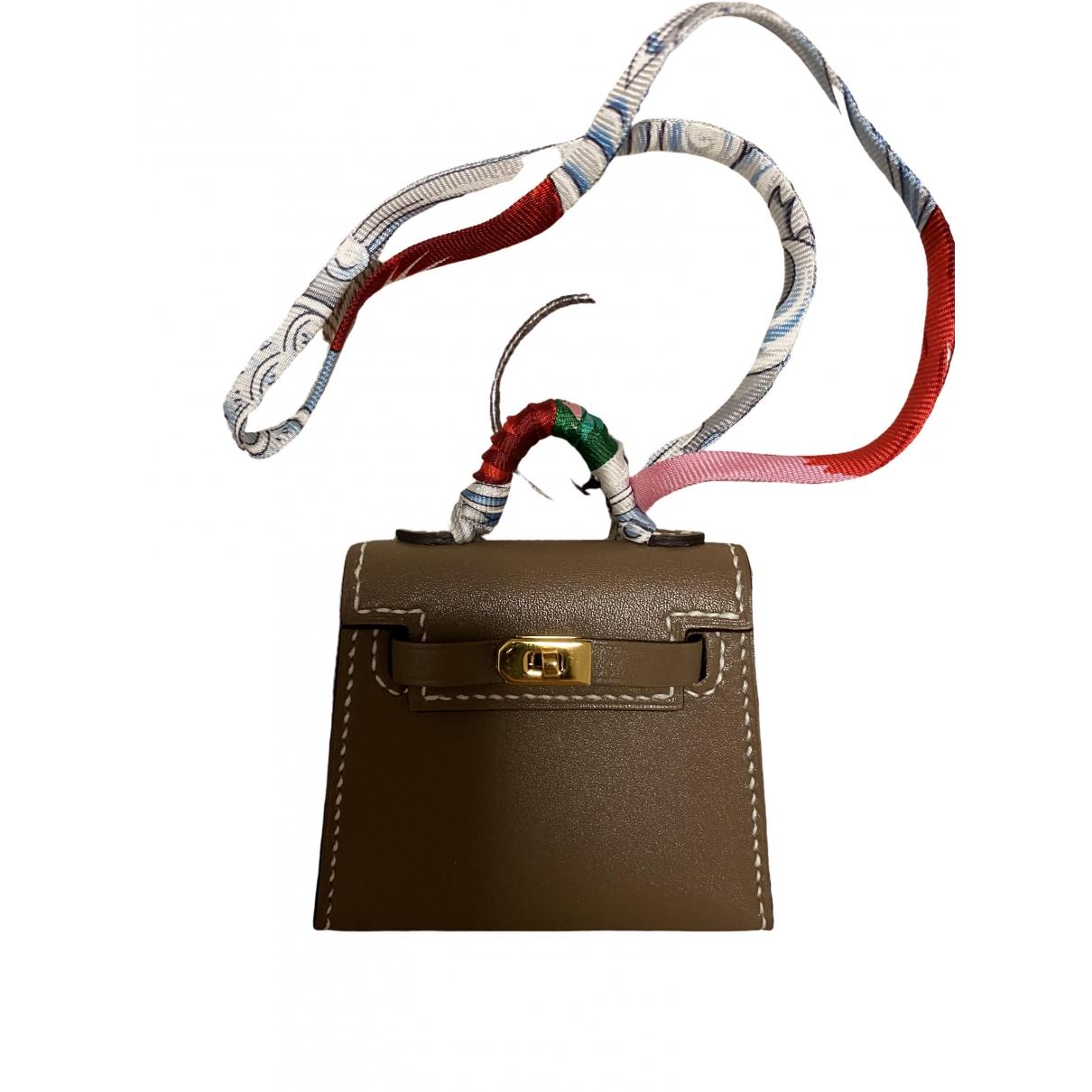 Hermes Kelly twilly charm Taschenschmuck in  Beige Leder