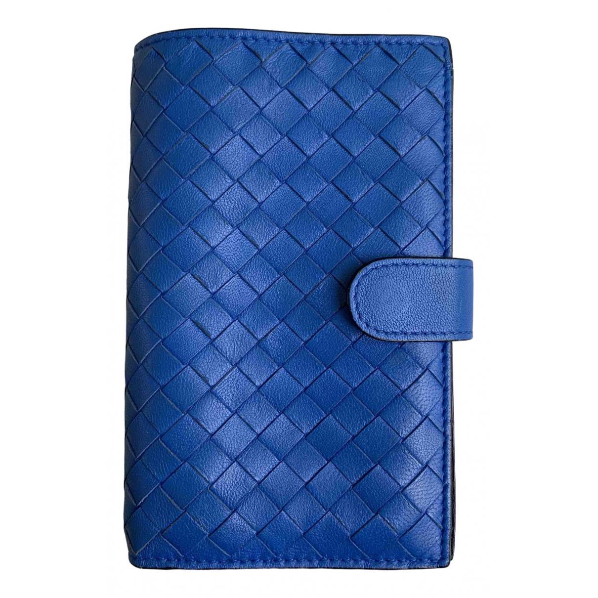 Bottega Veneta - Portefeuille Intrecciato pour femme en cuir - bleu