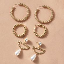 Texturierte Ohrringe mit Perlen Dekor 3 Paare
