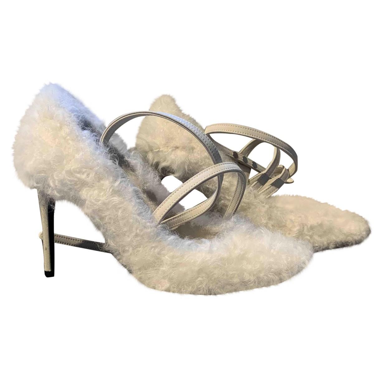 Off-white \N White Shearling Heels for Women 38 IT