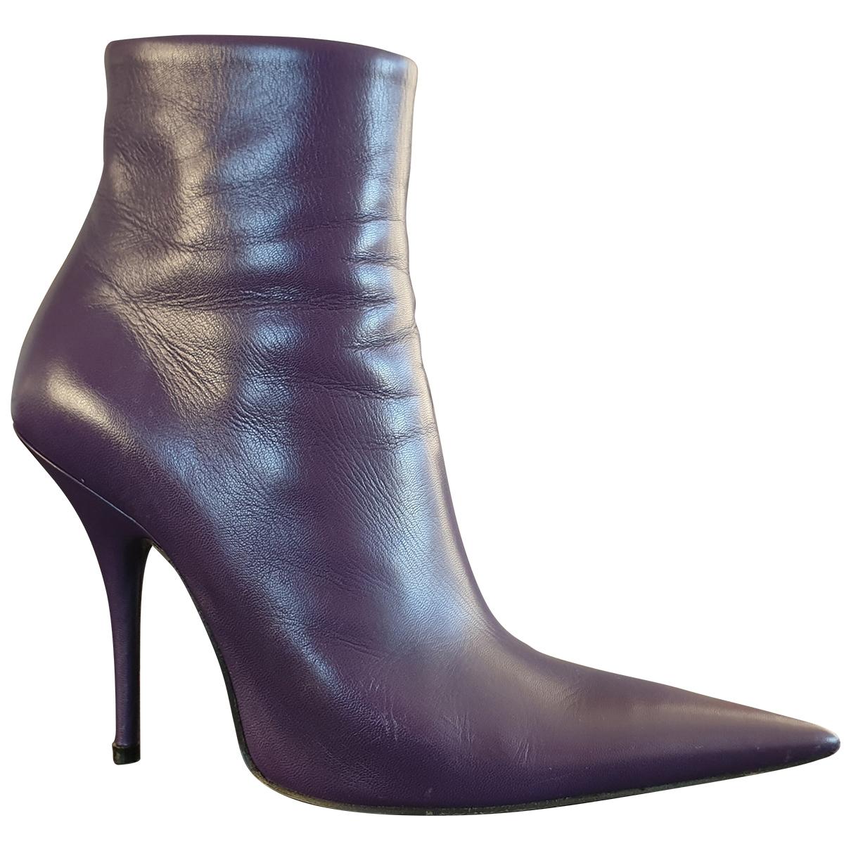 Balenciaga - Boots Knife pour femme en cuir - violet