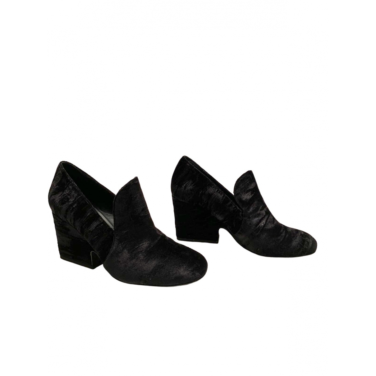 Non Signé / Unsigned \N Black Velvet Heels for Women 38 EU