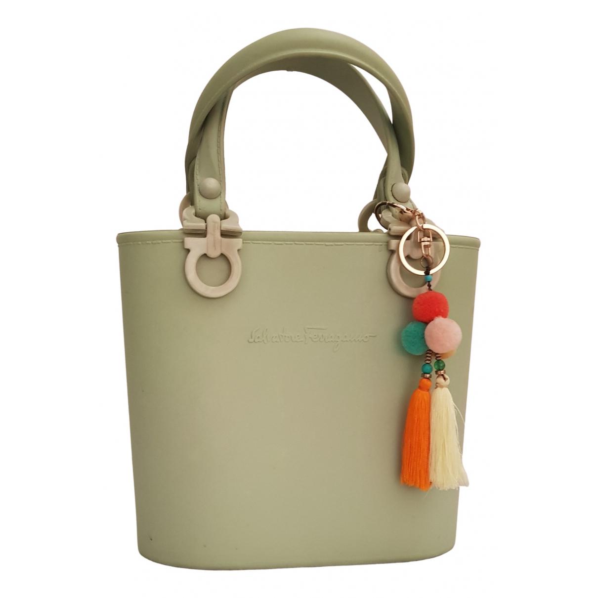 Salvatore Ferragamo \N Green handbag for Women \N