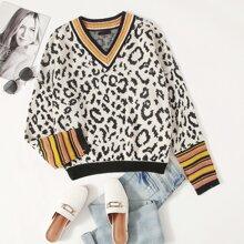 Pullover mit Streifen am Saum und Leopard Muster