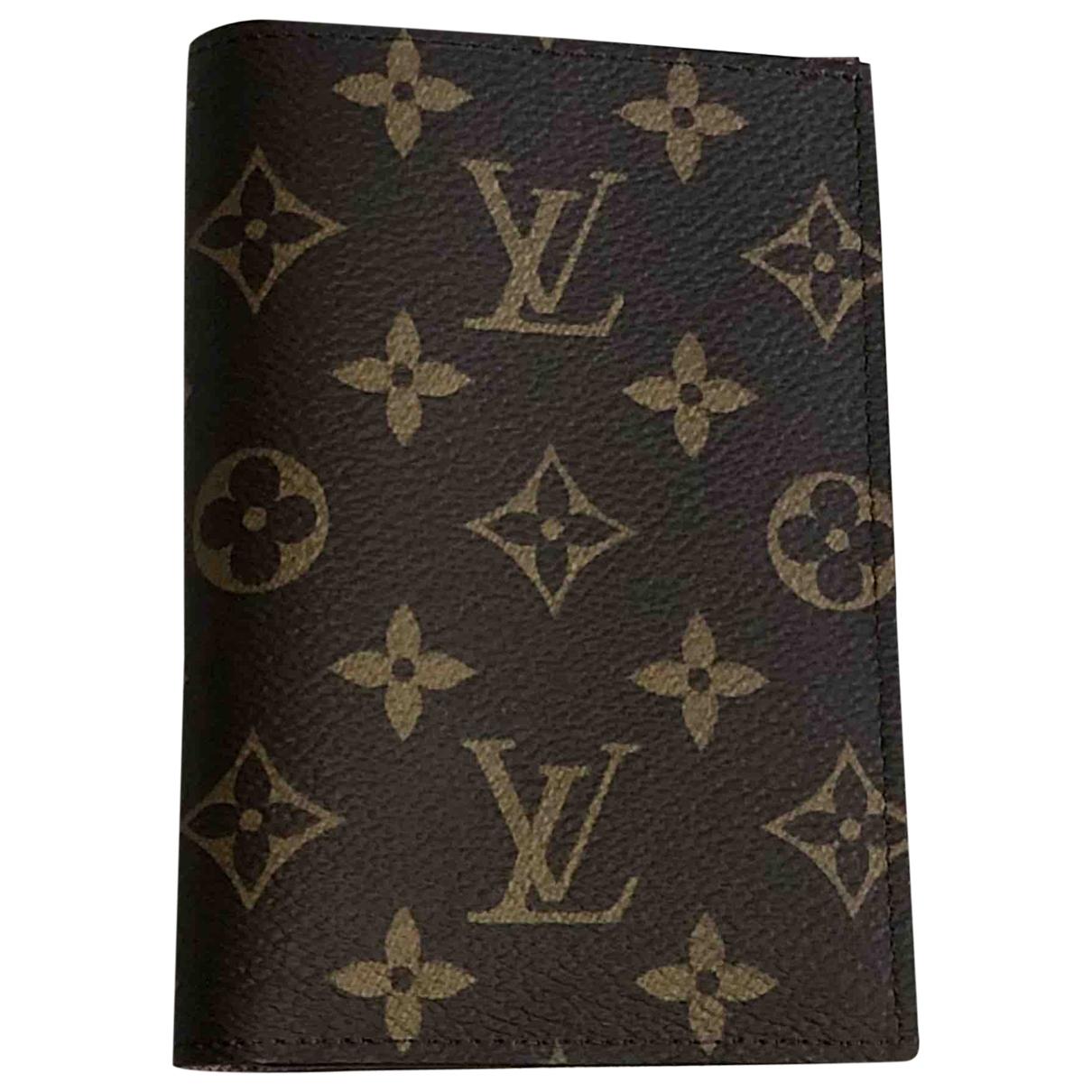 Louis Vuitton - Petite maroquinerie Couverture Passeport pour femme en toile - marron