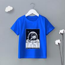 T-Shirt mit Raumfahrer und Buchstaben Muster