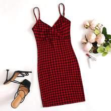 Figurbetontes Kleid mit V-Ausschnitt und Karo Muster