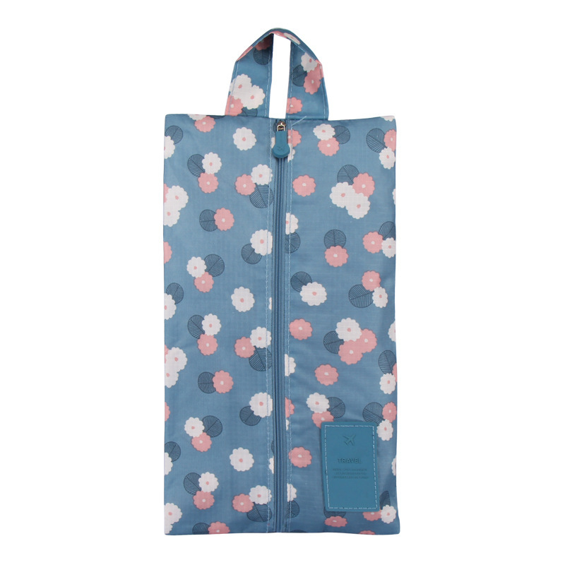 Blue Daisy Portable Waterproof Oxford Fabric Travel Shoe Bag with Zipper Closure