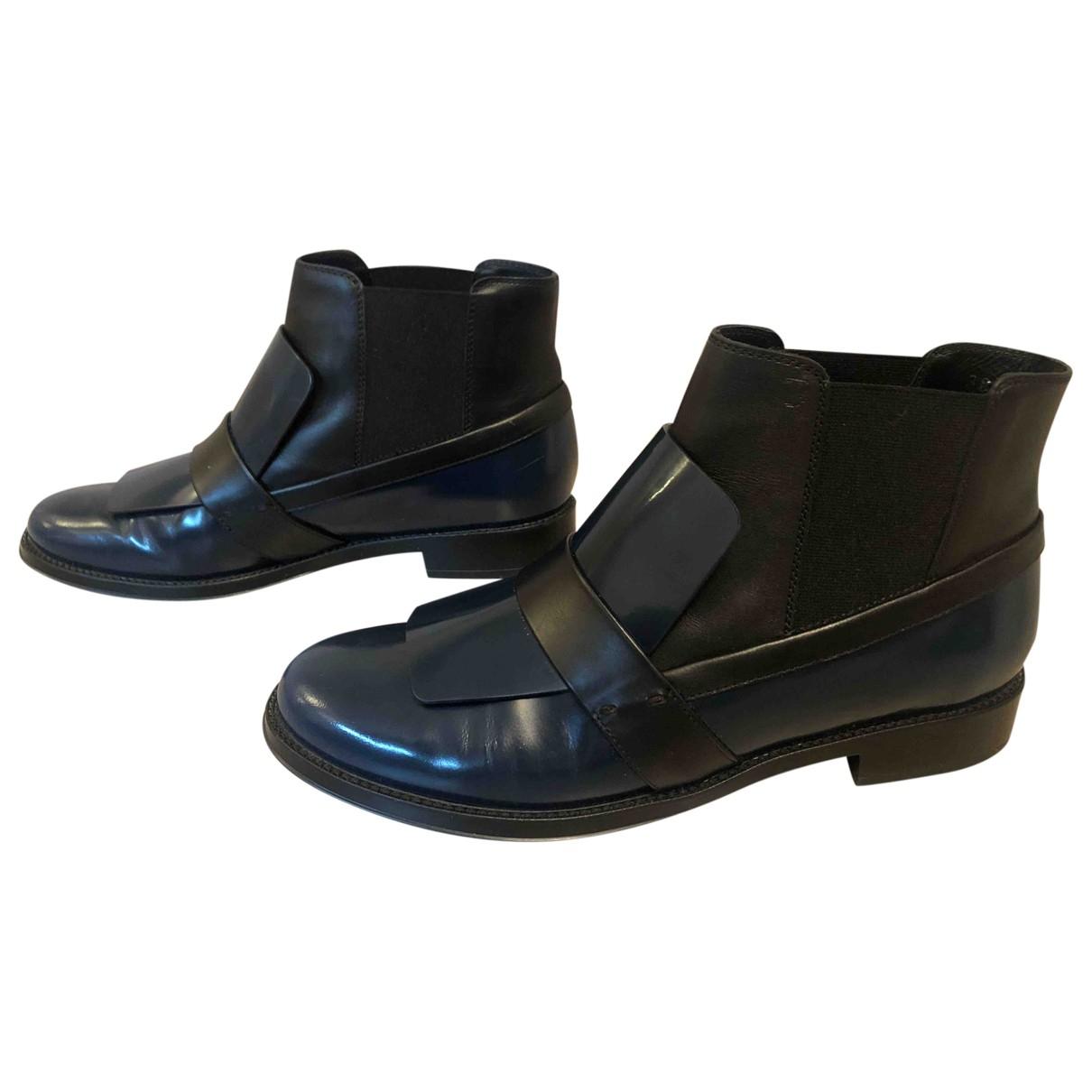 Tods \N Stiefel in  Blau Lackleder