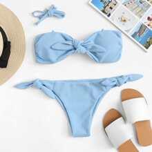Bikini Set mit Knoten vorn und Band auf den Seiten