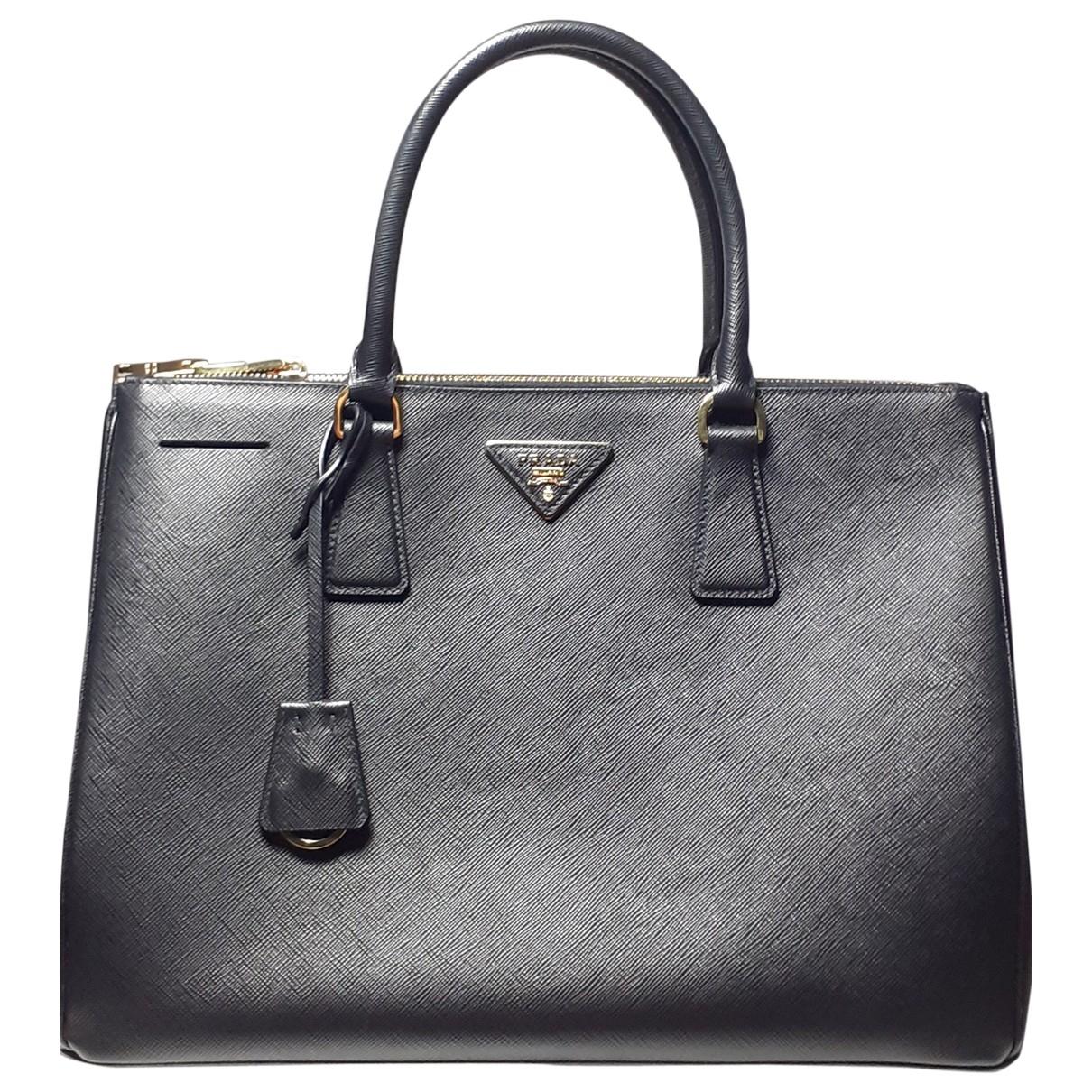Prada Galleria Handtasche in  Schwarz Leder