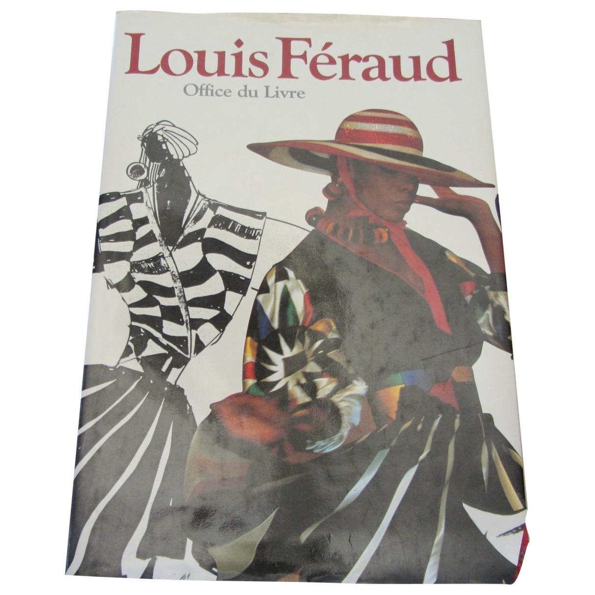 Louis Feraud - Mode   pour lifestyle en autre - multicolore