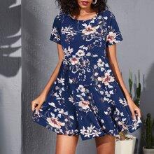 Floral Print Swing Smock Dress