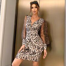 Kleid mit Twist vorn, Netzstoff, Laternenaermeln und Leopard Muster