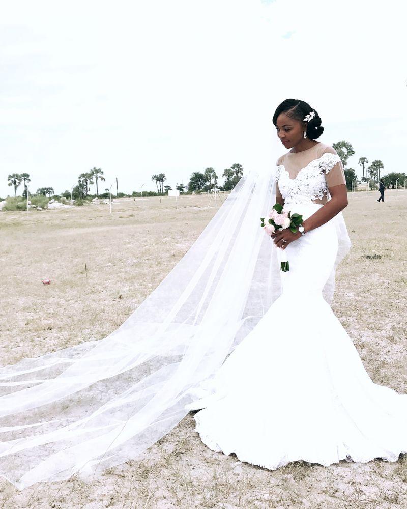 Appliques Sheer Tulle Mermaid Wedding Dresses | Floor Length Pleated Bridal Gowns