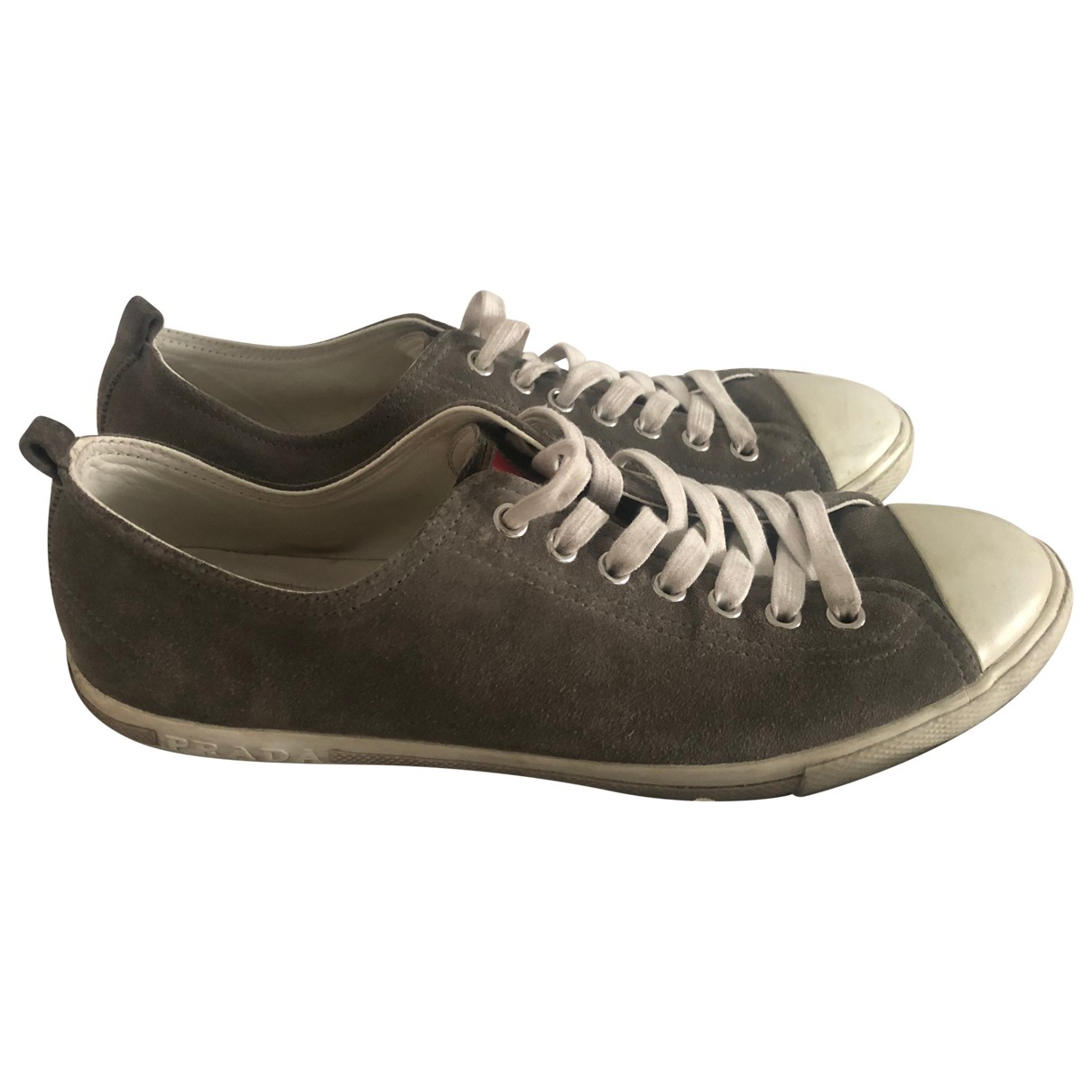 Prada \N Sneakers in  Grau Veloursleder