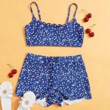 Bikini Badeanzug mit Bluemchen Muster und Bogenkante