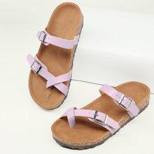 Sandalen mit Riemen, Zehenpartie, Ring und Fussbett